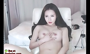Horny Korean teases with will not hear of sexy body