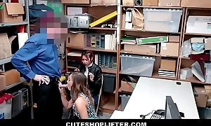 Hot Asian MILF Christy Love Has Sex Just about Security Guard On every side Get Virgin Daughter Off Of Shoplifting Charges