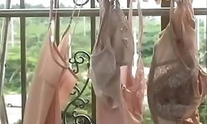 Japanese housewife craves sex (Full: shortina.com/hI8fSFoY)