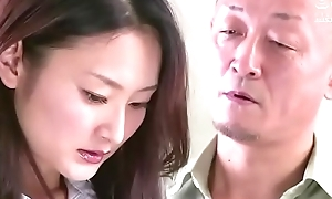 femme d'_affaires japonaise forc&eacute_e par son apologist (Full: tinyurl.com/y7xv2nfd)