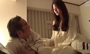 cocu femme japonaise (Full: shortina.com/CmvmvCY)