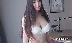 国模:雪千寻 高清视频