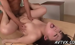 Demure oriental amazes chap with sexual cowgirl riding