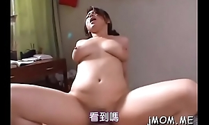 Sweetheart gives awesome blowjob