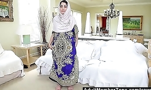 Pakistani Tease approximately 2