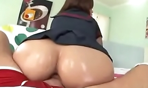 Big gluteus maximus Asian riding