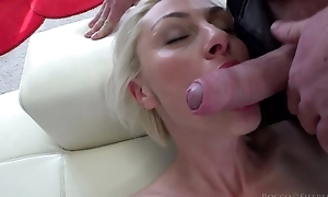 Hungarian blondie with unsophisticated boobs takes on oustandingly Italian cock