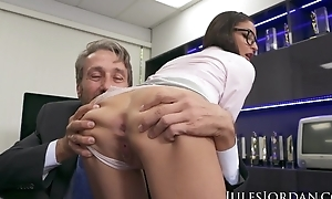 Youthful secretary receives double donged at her workplace